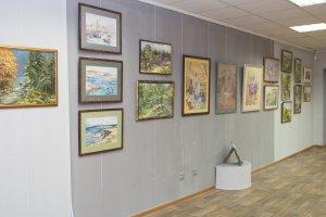 В художественной галерее «Метаморфоза» открылась выставка «Живописная симфония».