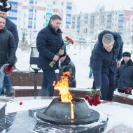 Полицейские Нефтеюганска почтили память Олега Геринга.